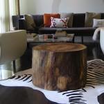 Mesa com tronco de árvore